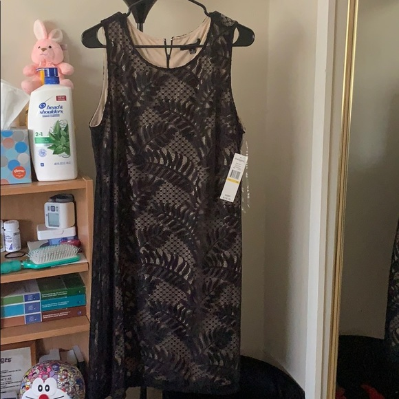 Sharagano Dresses & Skirts - Dress